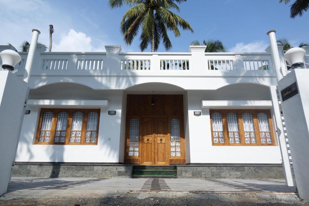Lighthouse Villa