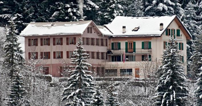 BnB Hôtel des Bains im Winter