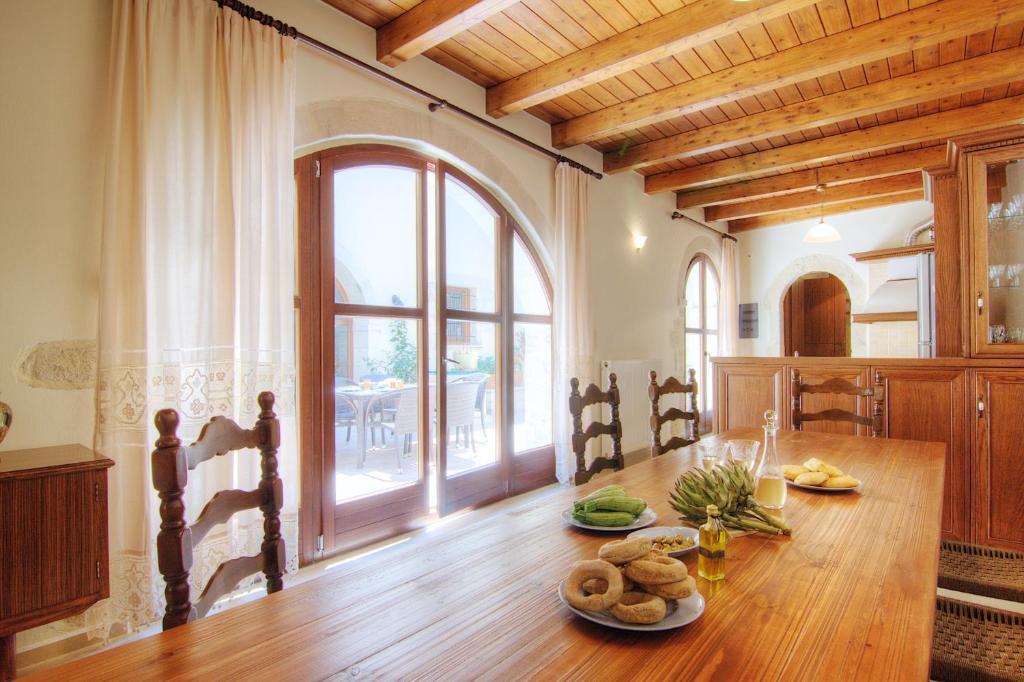 Askoutsi Manor