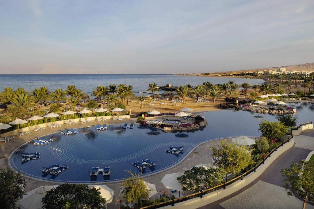 A bird's-eye view of Mövenpick Resort & Spa Tala Bay Aqaba