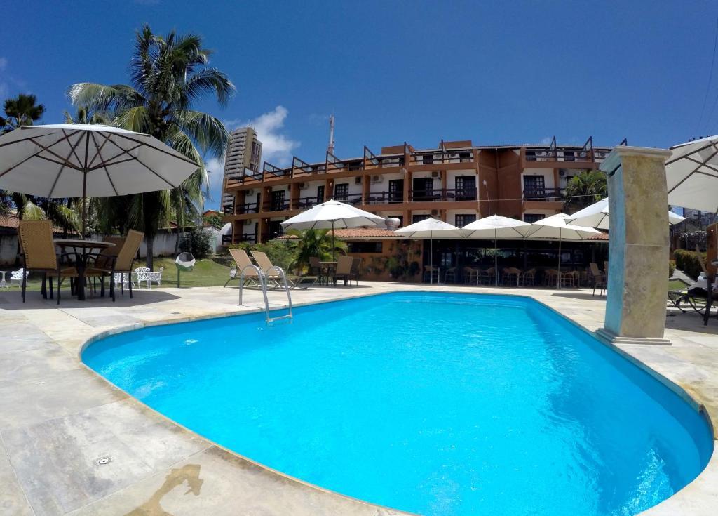 A piscina localizada em Atol das Rocas Hotel ou nos arredores