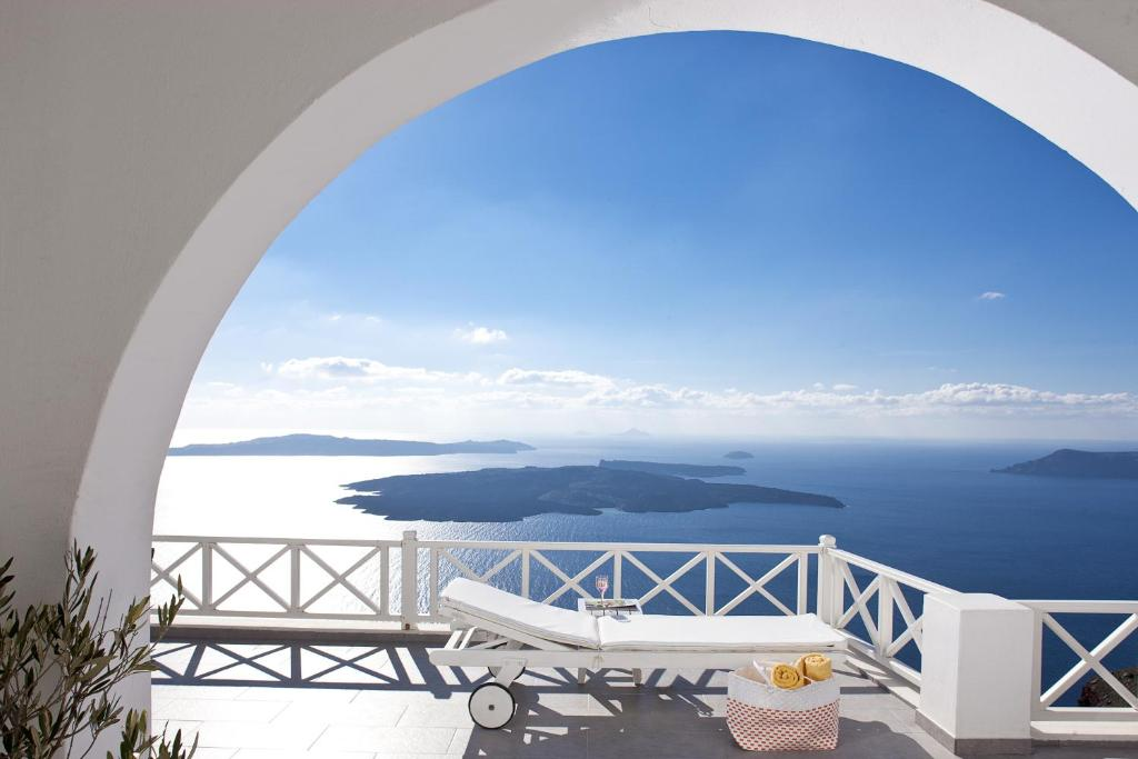 A balcony or terrace at Avianto Suites