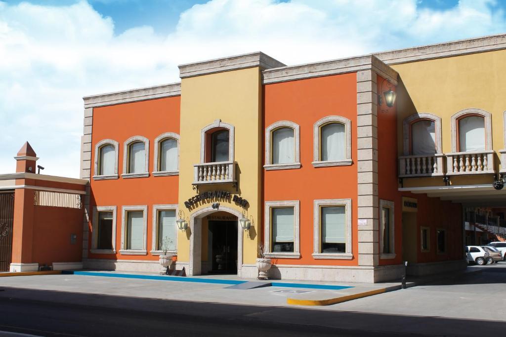 Hotel Plaza Las Quintas Hermosillo Mexico Booking Com