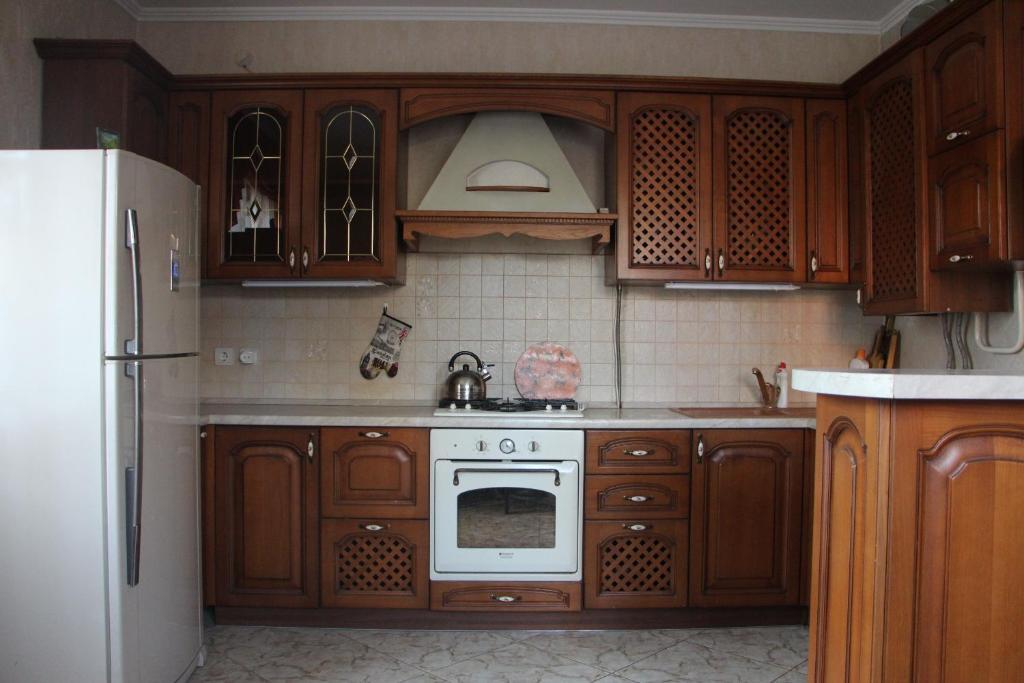 Кухня или мини-кухня в Хостел Центральный на Гоголя