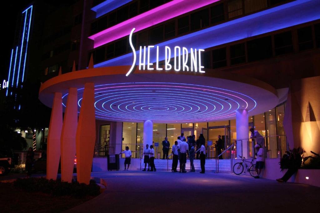 Deluxe Studios and Apartments at The Shelborne
