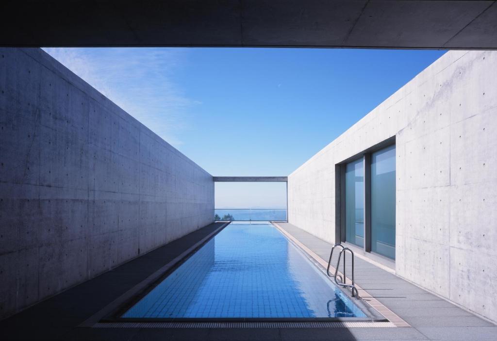 A piscina localizada em Setouchi Retreat Aonagi ou nos arredores