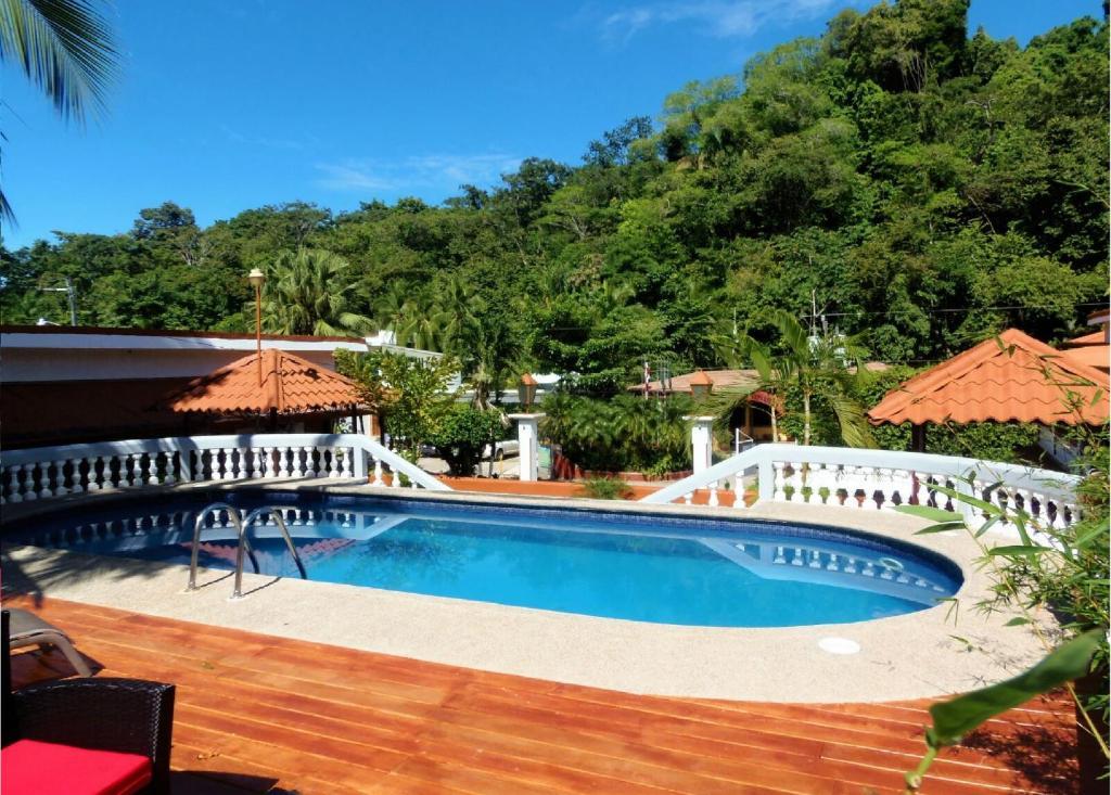 A piscina localizada em Hotel Villabosque ou nos arredores