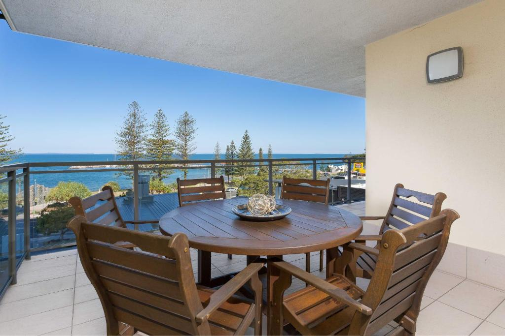 A balcony or terrace at Proximity Waterfront Apartments