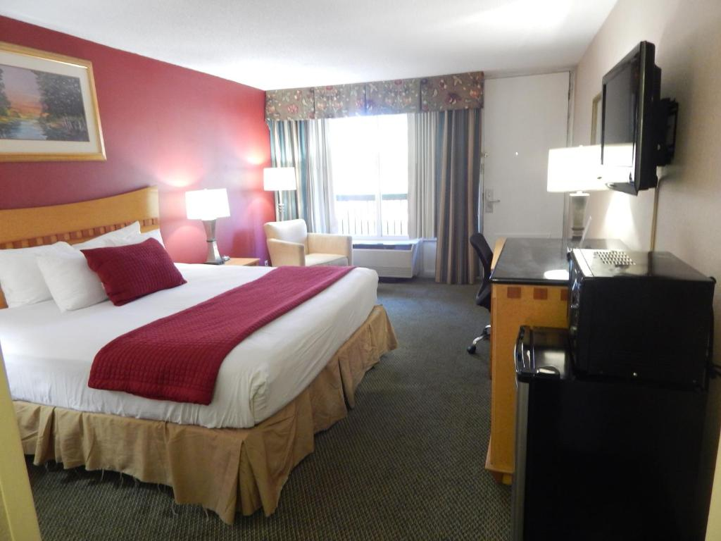 Ramada Inn and Conference Center