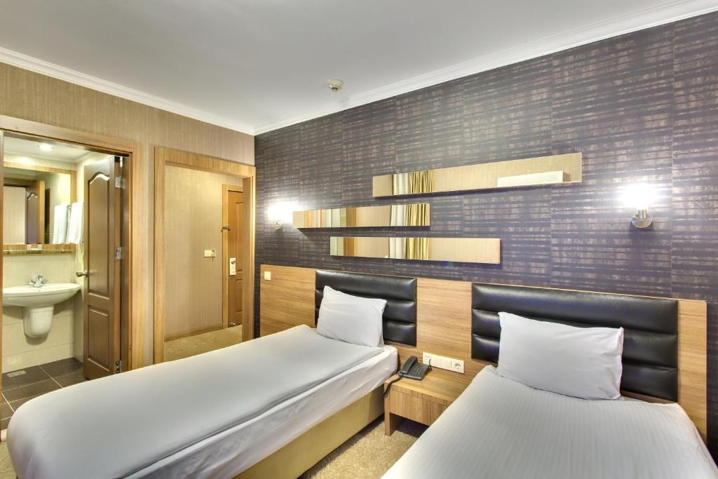 Antroyal Hotel