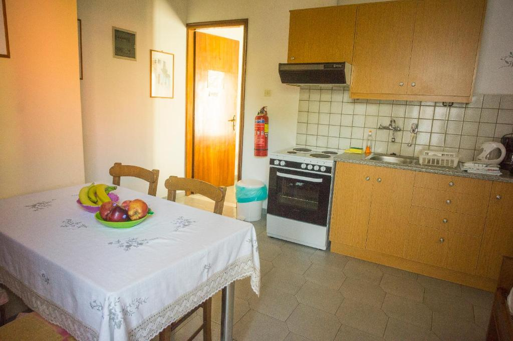 A kitchen or kitchenette at Anchris