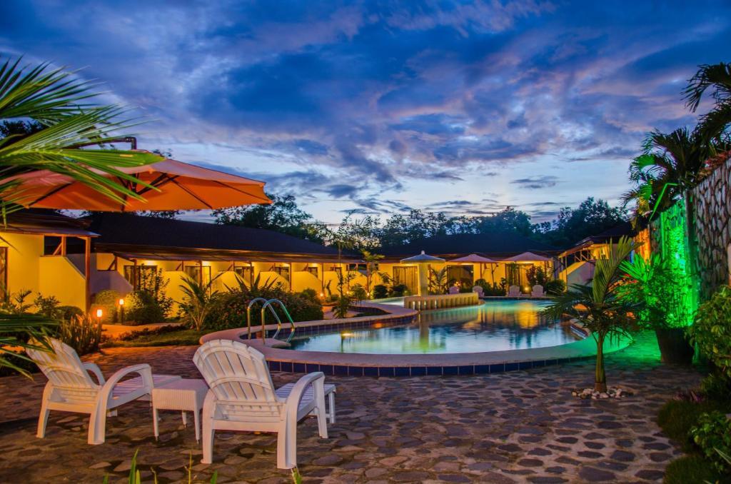 The swimming pool at or near Panglao Homes Resort & Villas