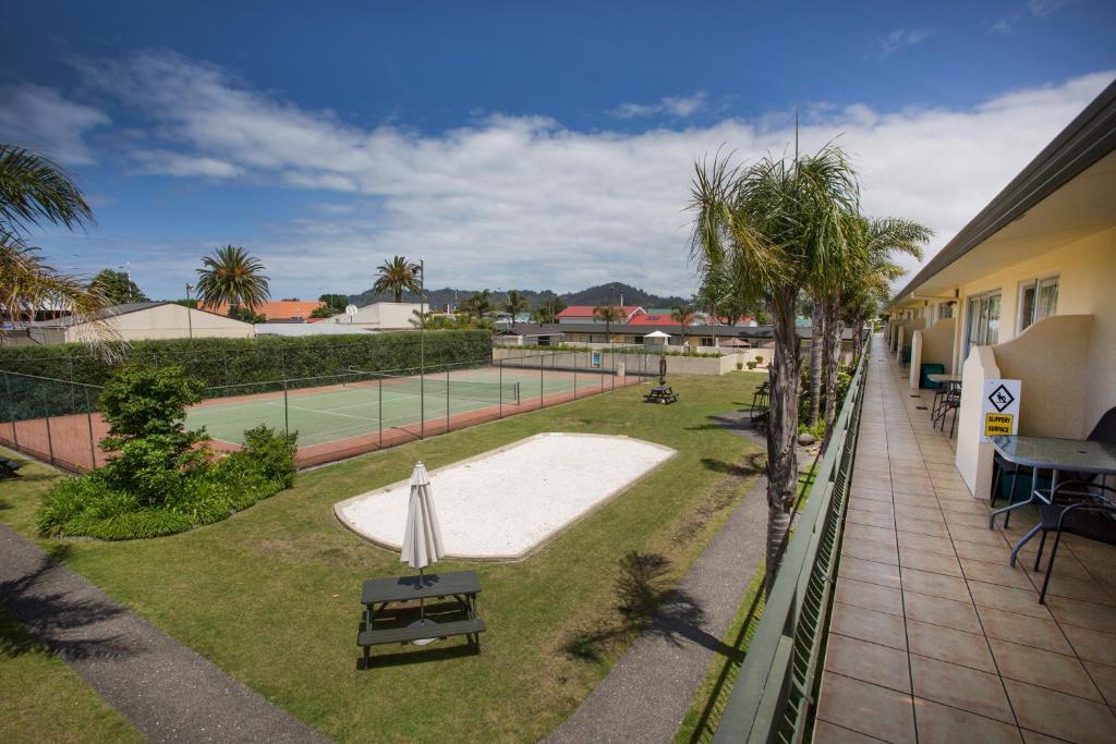 Palm Pacific Resort & Motel