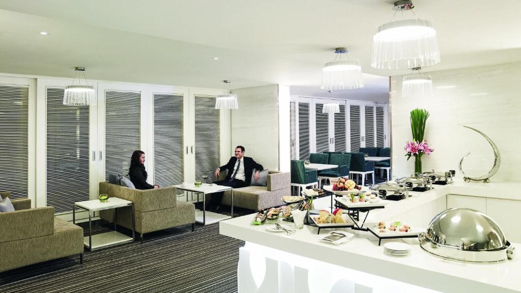 Suite Executive Với Quyền Sử Dụng Lounge