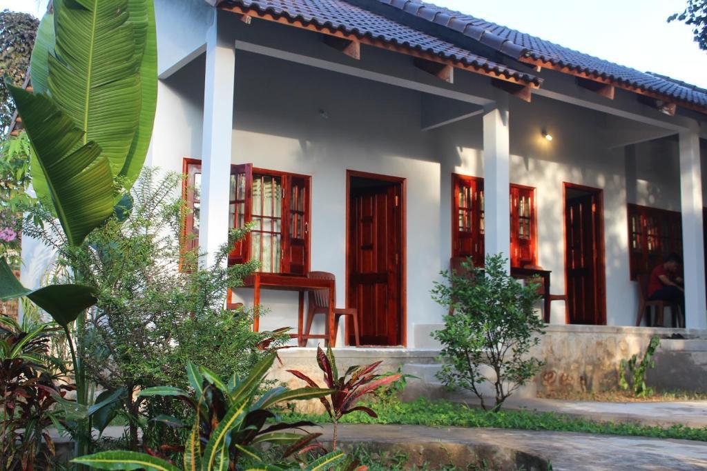 Hoa Nhat Lan Bungalow
