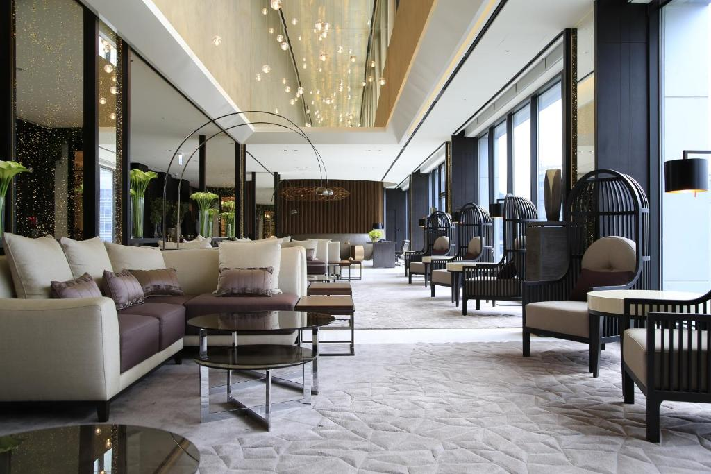 The lobby or reception area at Solaria Nishitetsu Hotel Seoul Myeongdong