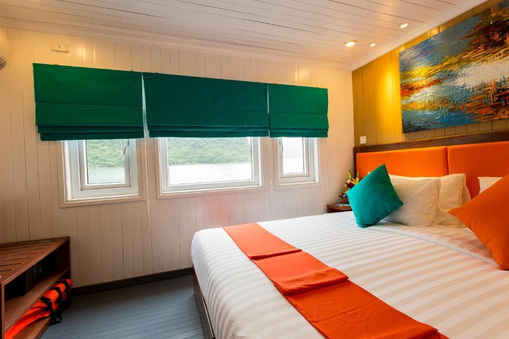 Room #58025616