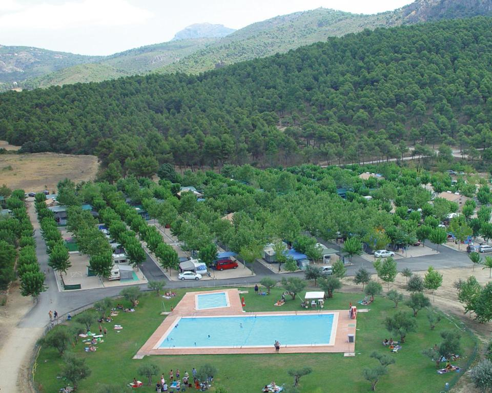 A bird's-eye view of Camping Bungalows Mariola