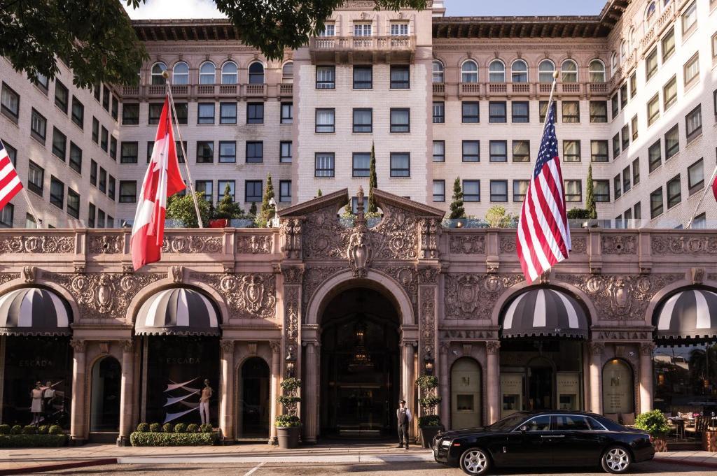 Beverly Wilshire Hotel.