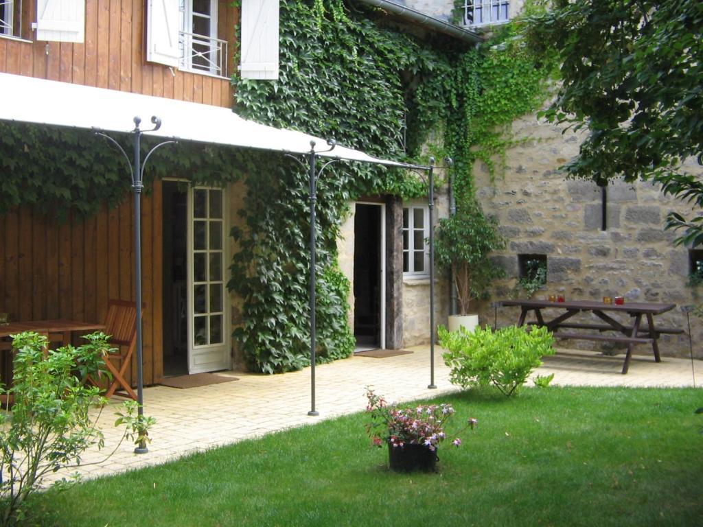 Vacation Home Ancien Relais De Poste Terrasson Lavilledieu