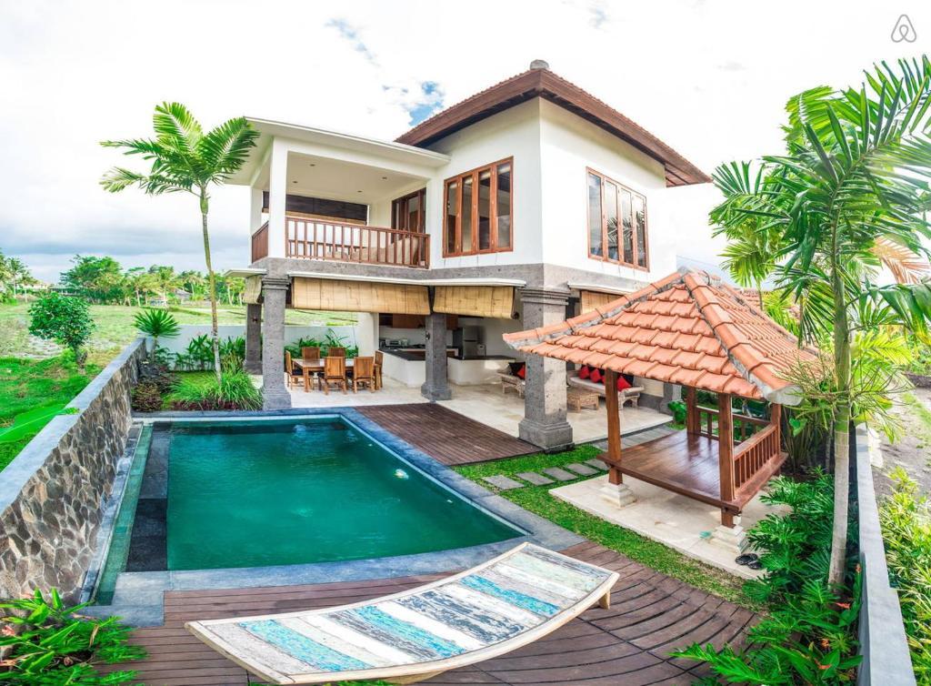 The swimming pool at or near Julia Villa