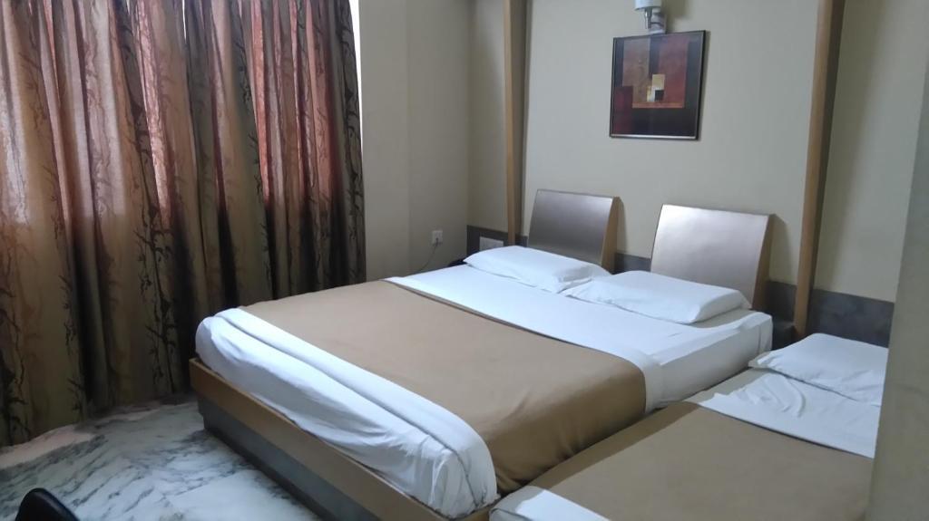 Hotel Manasa Paradise