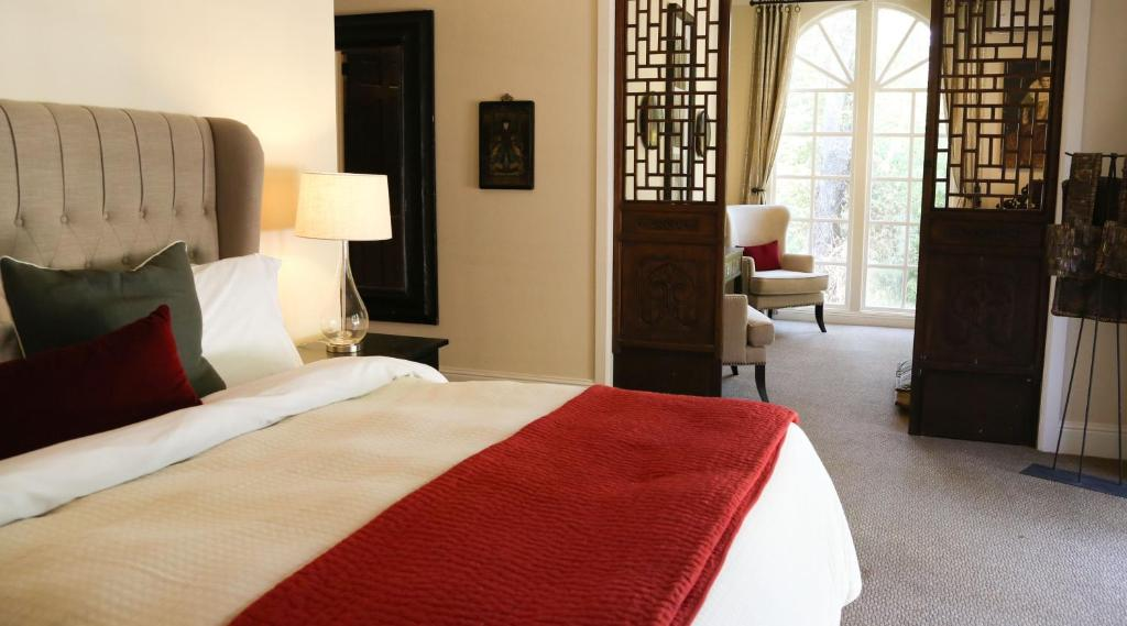 A bed or beds in a room at The Madrones
