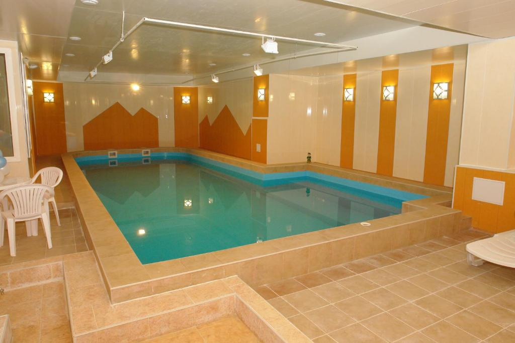 The swimming pool at or near Hostel Vizit