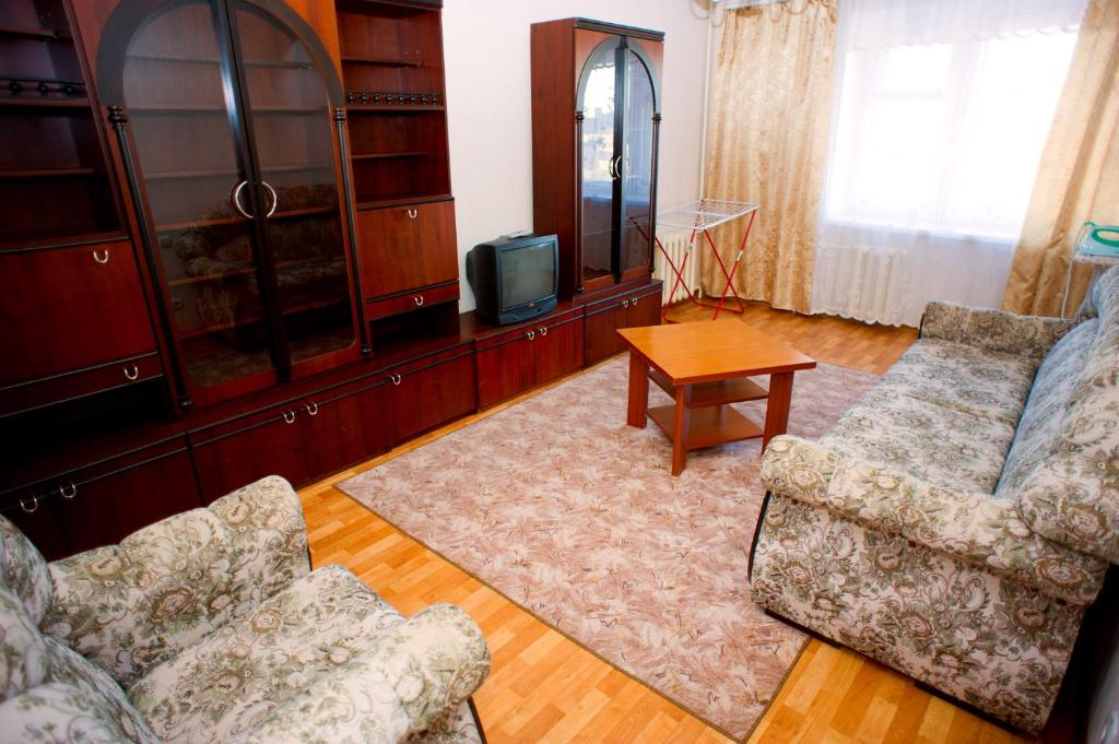A seating area at Hostel Trukhinova 3