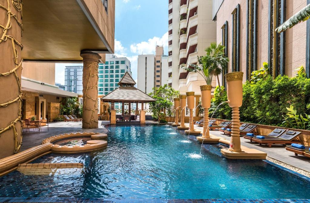 The swimming pool at or near Grand Sukhumvit Hotel Bangkok