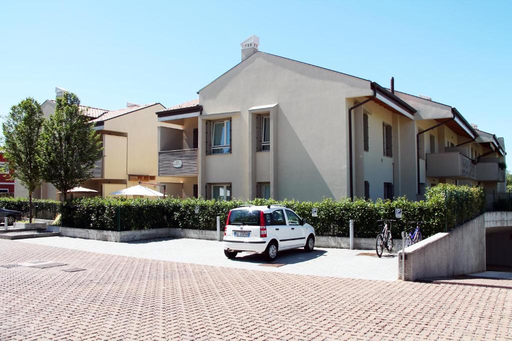 Bombyx Inn