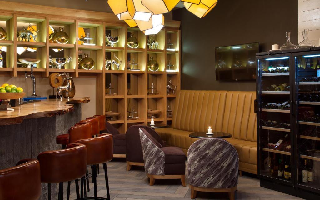 Лаундж или бар в Medical Spa Hotel Rosa Springs