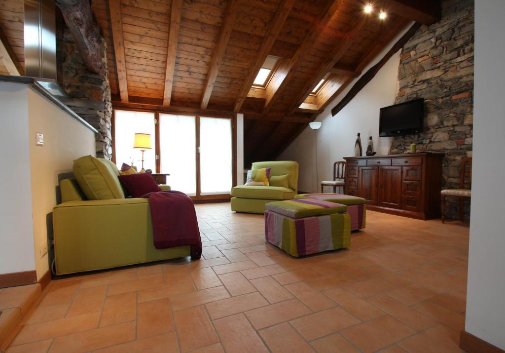 Apartment Snug Nest, Como, Italy