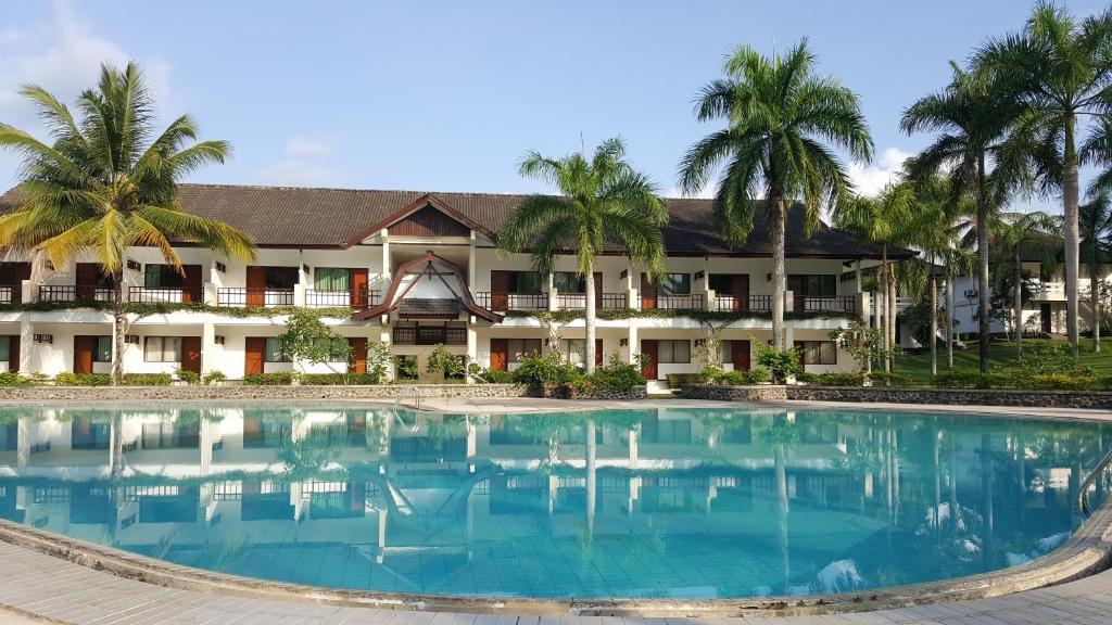 Gedung tempat resor berlokasi