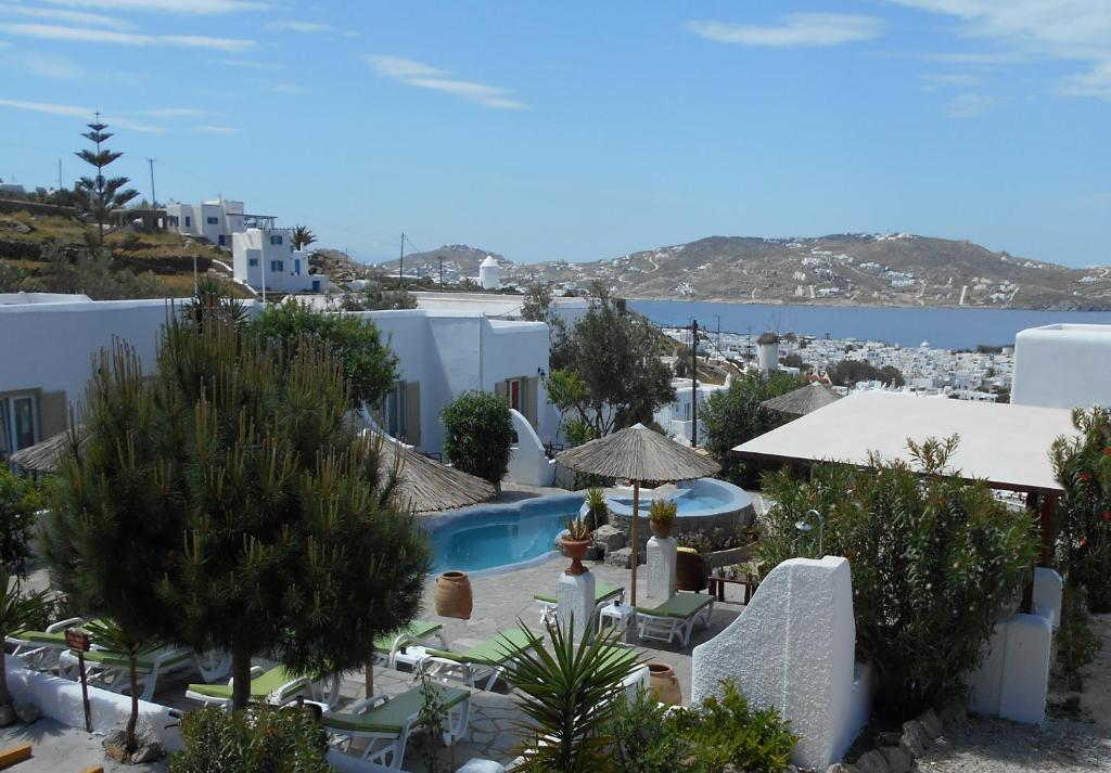 A view of the pool at La Veranda of Mykonos Traditional Guesthouse or nearby