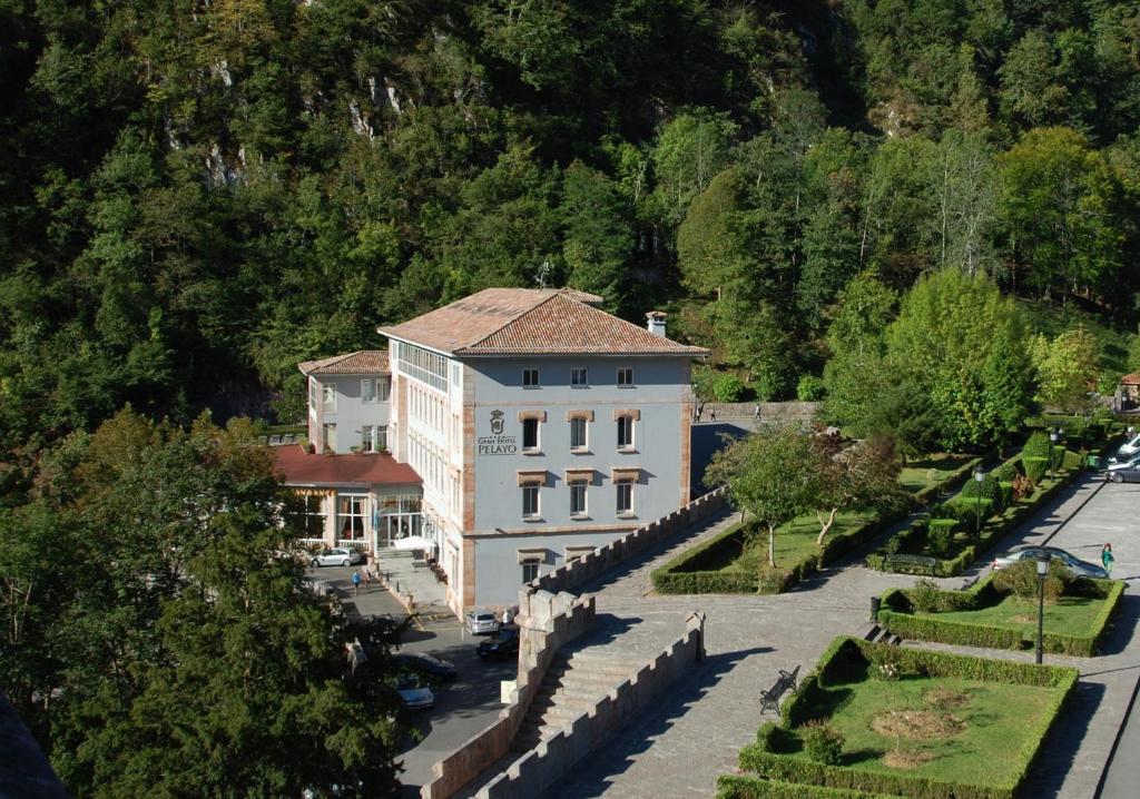 A bird's-eye view of Arcea Gran Hotel Pelayo