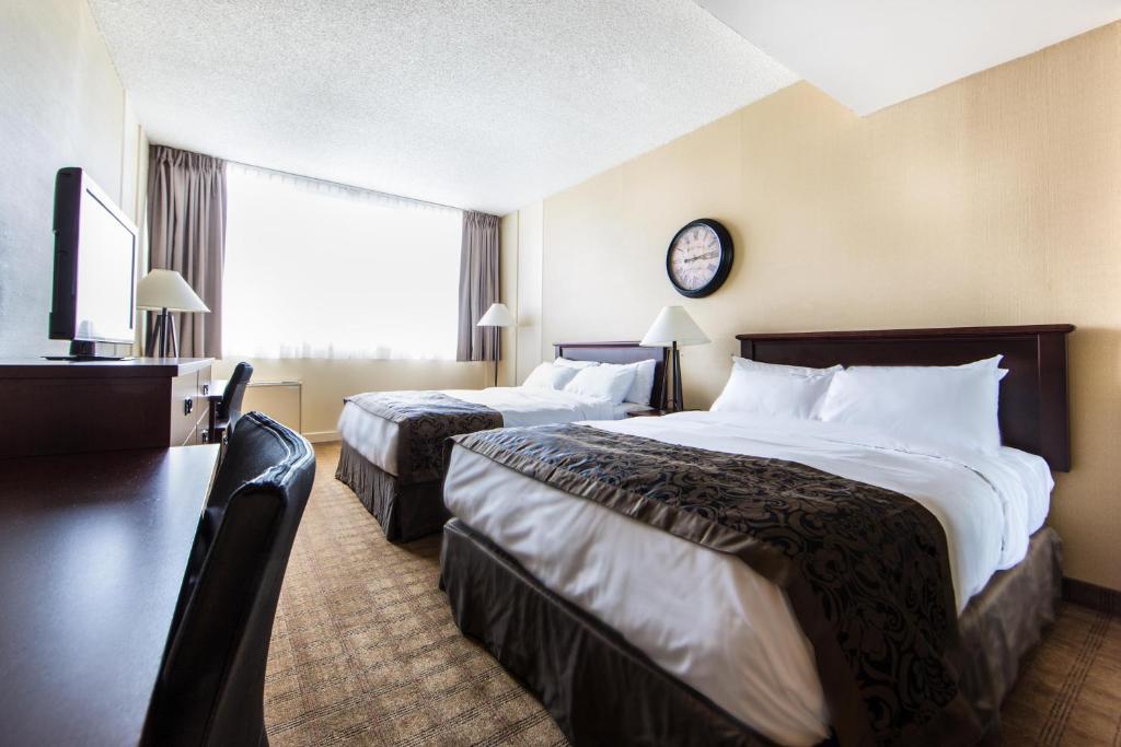 Carrefour Tavoli Da Esterno.Hotel Res Carrefour Sherbrooke Canada Montreal Booking Com