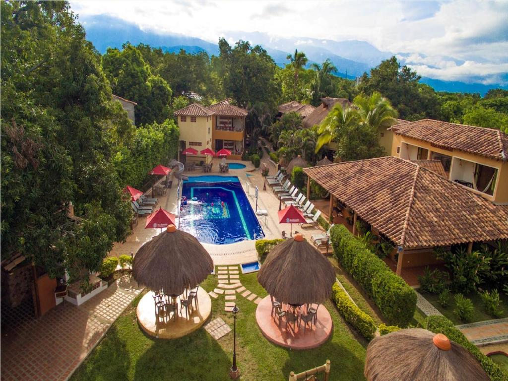 A view of the pool at Hosteria Tonusco Campestre or nearby
