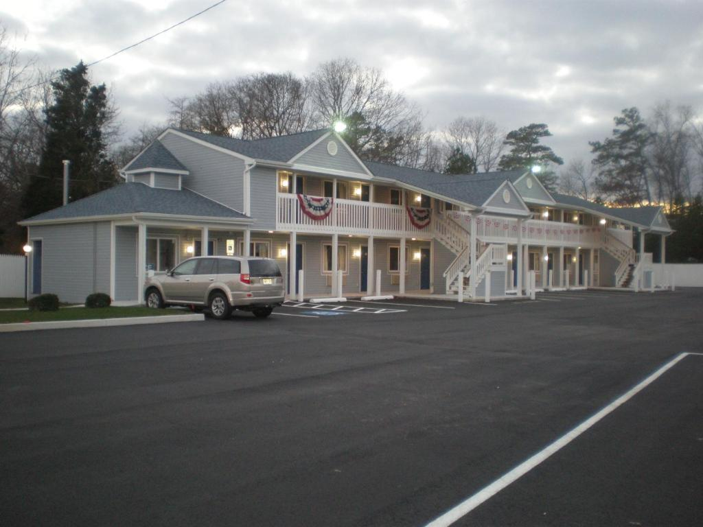 Red Carpet Inn & Suites Smithville
