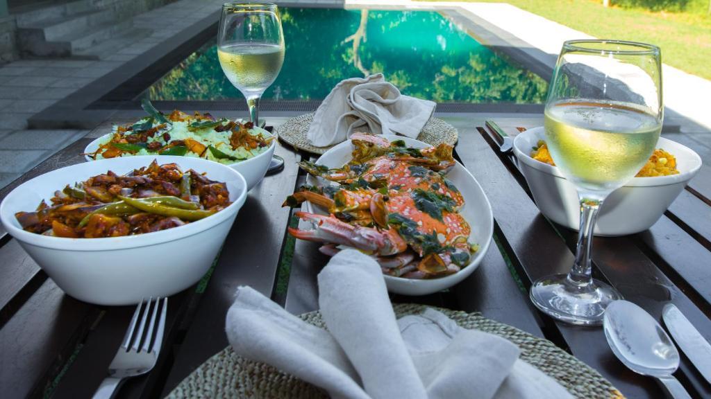 Mittag- und/oder Abendessen für Gäste der Unterkunft Neem Tree House