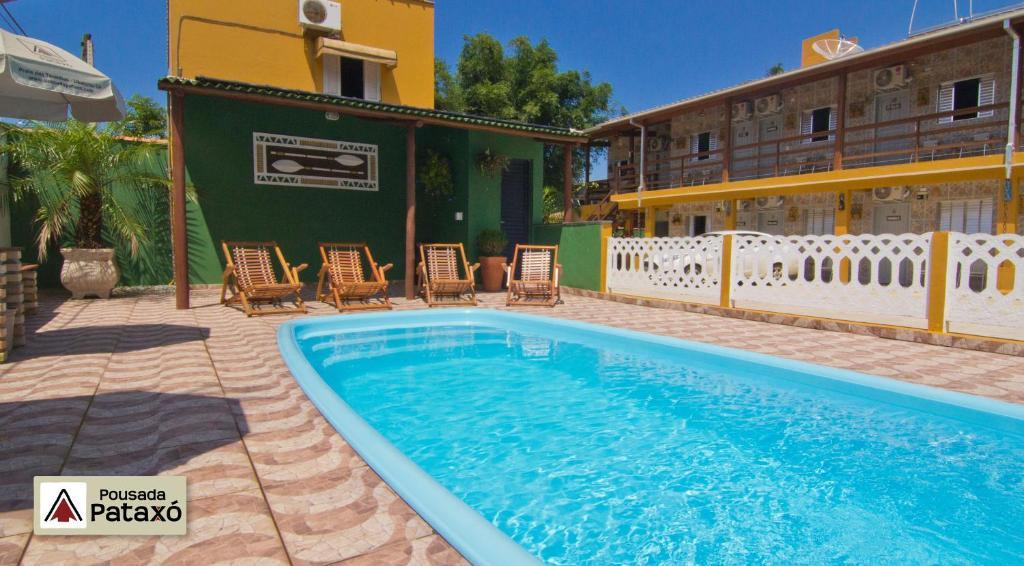 A piscina localizada em Pousada Pataxó ou nos arredores