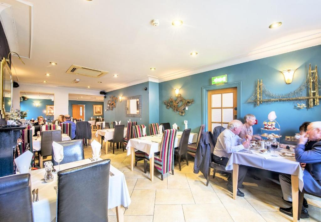 Dovedale Hotel and Restaurant