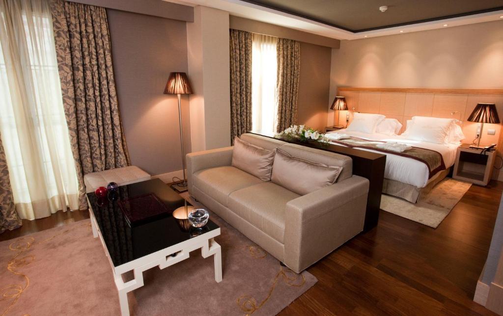Nexus Valladolid Hotel (España Valladolid) - Booking.com