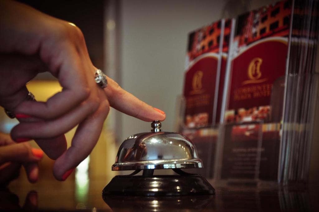 Hotel Corrientes Plaza