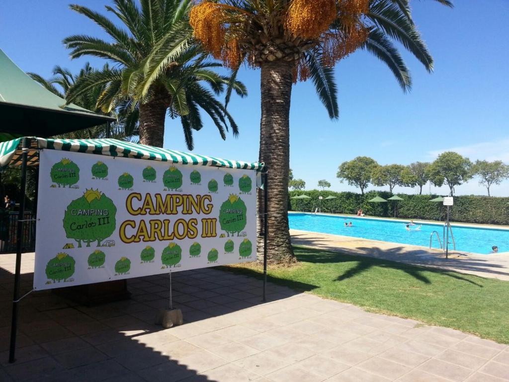 The swimming pool at or near Camping Carlos III