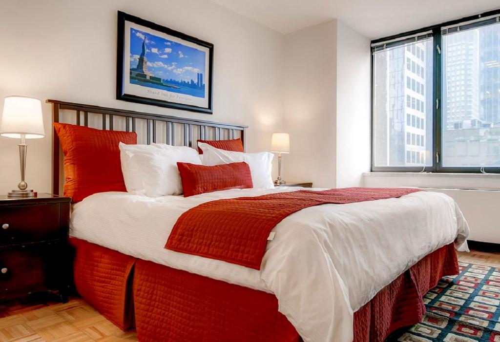 Global Luxury Suites at Symphony House