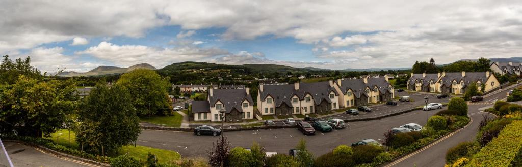 A bird's-eye view of Kenmare Bay Hotel Holiday Homes