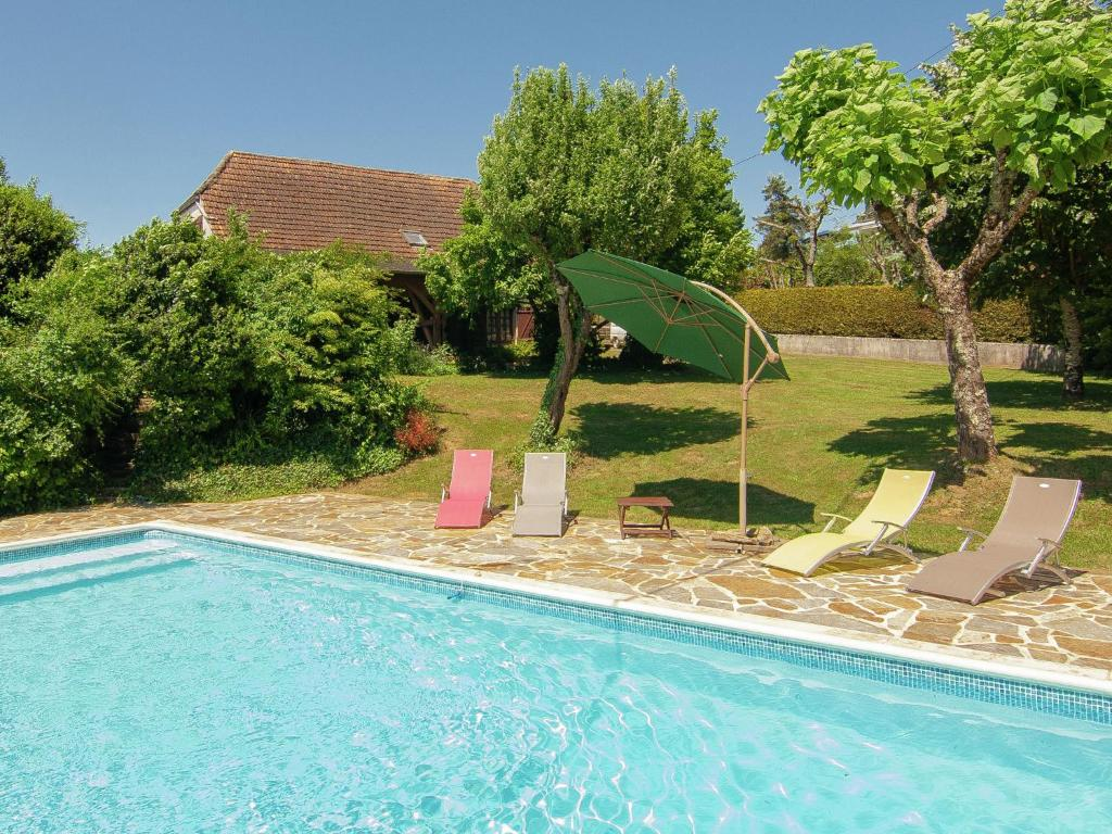 The swimming pool at or near Modern Villa in Salagnac France With Private Swimming Pool