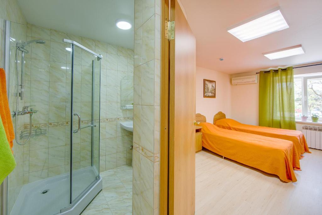 A bathroom at LETO hostel