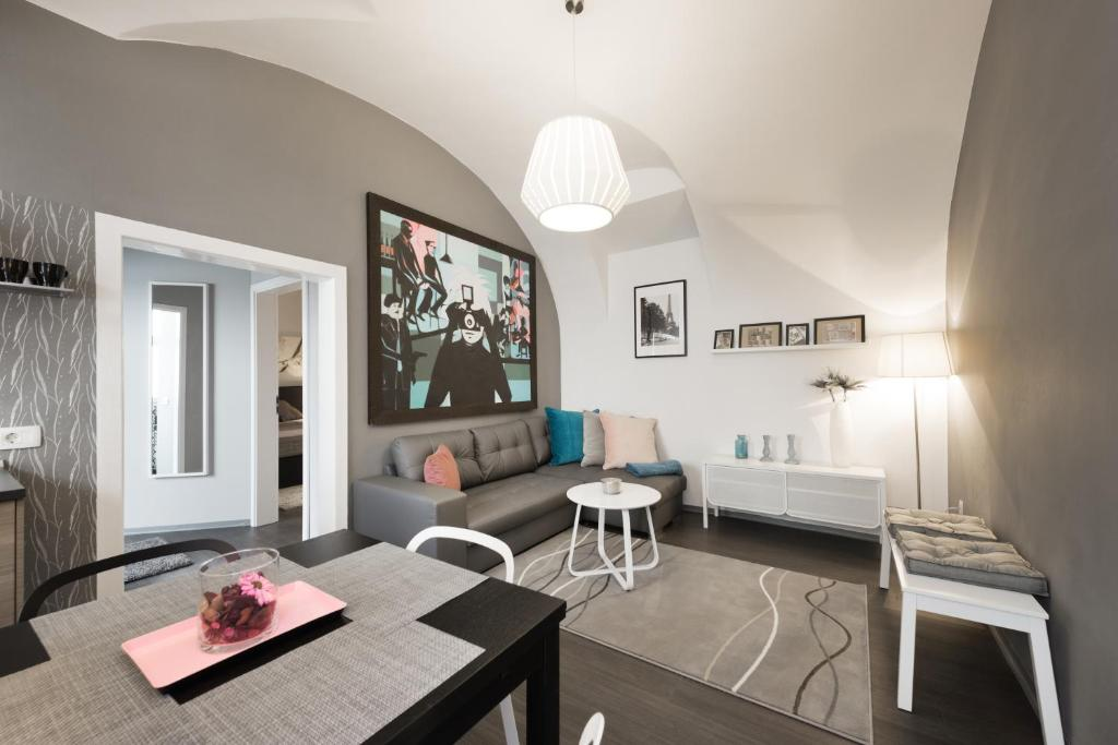 A seating area at Apartment Napoleon